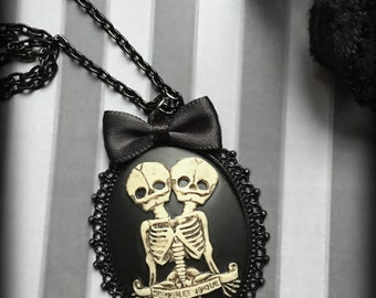 Skeleton Twins Cameo Necklace, Gothic Skeleton Necklace, Conjoined Siamese Twins Pendant, Steampunk Victorian Jewelry, Gothic Gift For Her