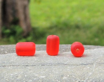 22 perles baril sea glass Cherry red, perles tonneaux, 10x6 mm