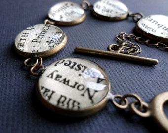 Literary Bracelet, Shakespeare Bracelet, Book Jewellery, Text Jewellery, Graduation Gift, Literature Gift, Book Gift Idea