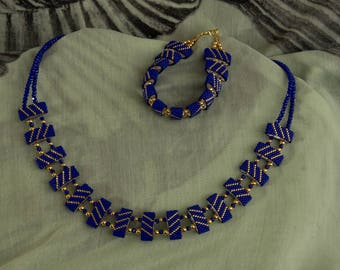 Stylish bracelet and necklace in royal blue and gold