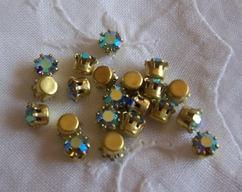 12 PC Vintage Pronged Bezel Set Rhinestones Peacock Green/ Blue AB - L255
