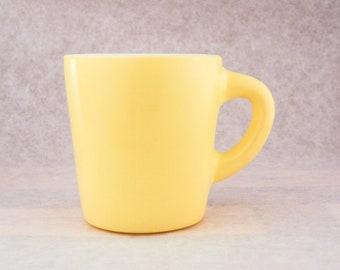 Anchor Hocking - Soft Yellow Milk Glass Mug