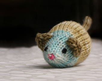 Hand-knit Jingle Bell Mouse in Sand and Sea #2