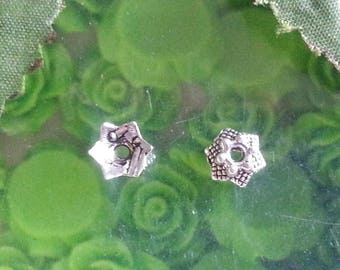 10 Tibetan silver, lead free, Silver Flower bead caps antique, about 7 mm in diameter, 3 mm high, hole: 2 mm