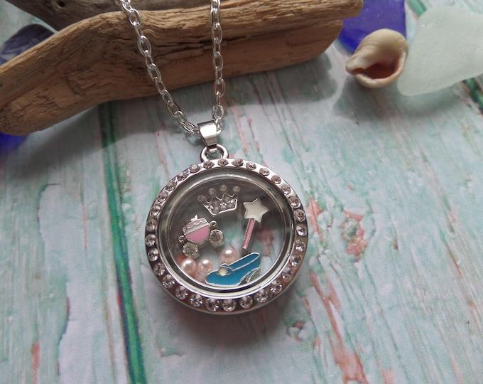 Cinderella floating locket, princess locket, cinderella jewelery, princess gift, floating charms, glass locket, princess gift, sandykissesuk
