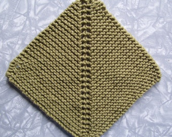 Square Knitted cotton dishcloth, green