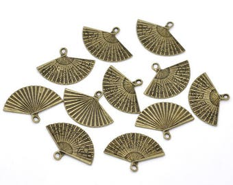 10 charms in antique bronze small fans