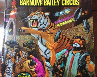 Ringling  brothers Barnum Circus 1972 program/ posters