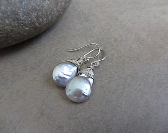 Gray Pearl Silver Earrings, Wire Wrapped, Pearl Earrings, Modern, Minimalist, Irisjewelrydesign