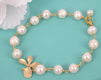 Orchid Beauties - Freshwater Pearl and Orchid bracelet