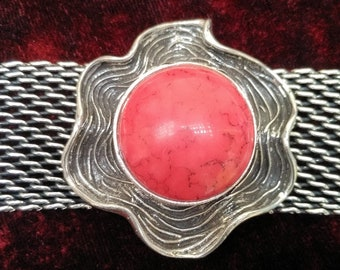 Blushing Sun White Metal Bracelet