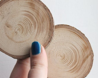 Set of 2 Unfinished wooden slices with tree bark made from spruce-tree - natural eco friendly