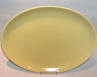 8294: Vintage Russel Wright Oval Serving Platter Tray Chartreuse Iroquois Casual Mid Century Modern Dinnerware at Vintageway Furniture