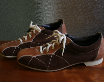 Ladies Vintage Bowling Shoes Size 7 Euro 37.5