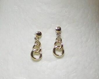 Small Dangling Chain Earrings, Gold Tone, Post Earrings, Pierced, Never Worn, Vintage Earrings, Costume Jewelry