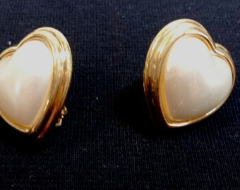 Vintage Napier Heart Shaped  Faux Pearl Gold tone clip earring