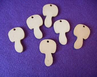 6 toadstools, wood, 4 x 2,5 cm (08-0004A)