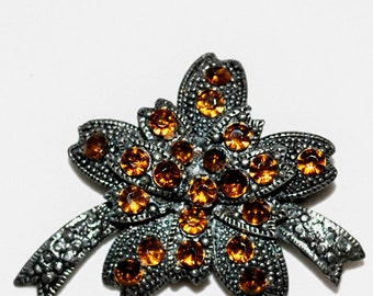 Antique/ Vintage 1800s Art Nouveau Marcasite Bow Pin Brooch with 22 Topaz Rhinestones