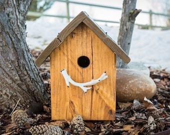 Rustic antler outdoor birdhouse with flip up lid