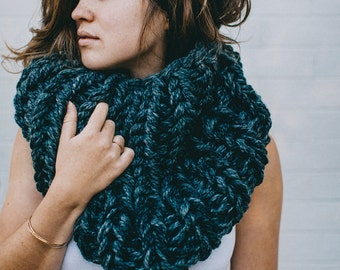 OOAK Knit | The Black Sands Cowl | Knit Scarf | Infinity Scarf | Knit Cowl | Knitted Circle Scarf | Icelandic Knit | Iceland Cowl