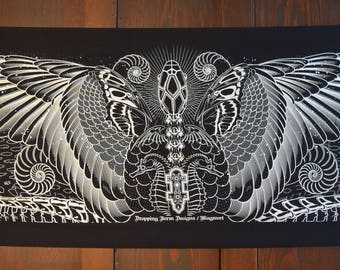 Serpentine Raven - Black and White