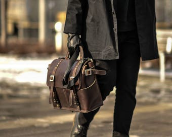 Leather messenger bag shoulder bag holdall chromexcel horween leather brown travel carry on travel bag