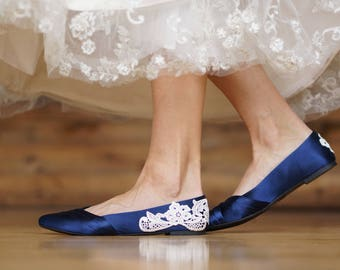 Wedding Shoes,Navy Blue Bridal Ballet Flats,Low Wedding Shoes,Navy Wedding Flats,Navy Satin Flats,Gift,Navy Flats,Blue Flats with Ivory Lace