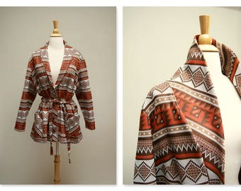1970s Tribal Print Jacket ⎮ Vintage Light Jacket ⎮ Boho 70s Belted Jacket