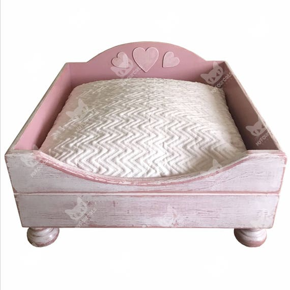 Cat Bed Cat Cushion Pink Sweetheart Pet bed Shabby Chic Wood Cat Bed Open Floor Pet Bed