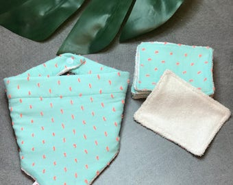 Wipes and baby bib