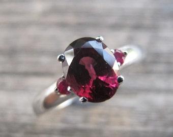 Oval Garnet Engagement Ring- Three Stone Anniversary Garnet Ring- January Birthstone Ring- Garnet Promise Ring- Red Gemstone Silver Ring