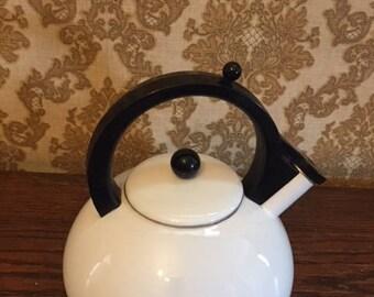 White and Black 1 1/2 Quart Enamel Teapot