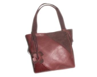 Leather tote bag , shoulder bag, bordeaux color