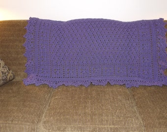 "The ""Violet"" Accent throw"