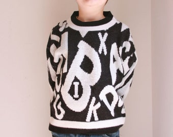 Vintage childrens sweater letters eighties 5/6T