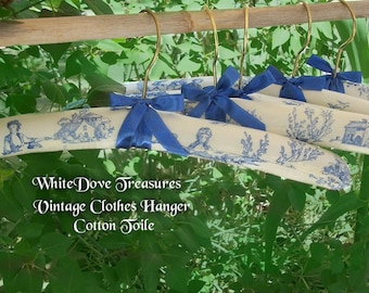Vintage Padded Clothes Hanger ~ Romantic Toile ~ Lavender Sachet ~ French Country Blue & White ~ Bridal Dress Hanger ~ Store Display