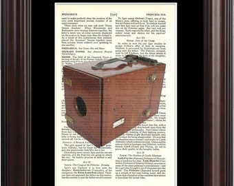 Vintage Wooden Camera Print on upcycled Vintage Page