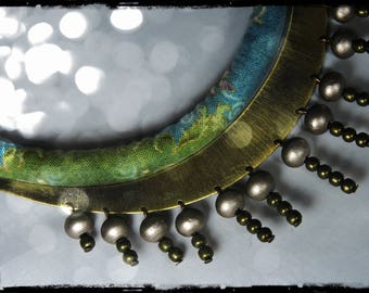 Necklace color MEKONG - crew of the neck, metal bronze, mostly blue with gold details