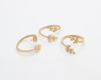 2 Pcs Raw Brass Flower Rings, 16-17mm Adjustable Ring, Brass Adjustable Ring , LA25