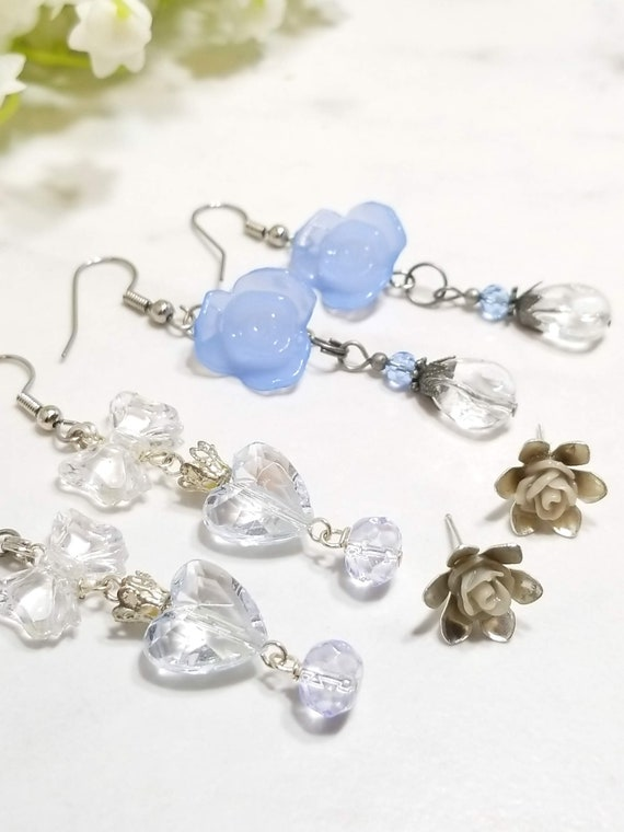 Rose Floral earring set of three (blue/grey)