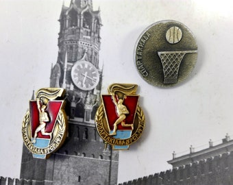 Sportsman Badge Vintage Soviet Sport Pin USSR pin badges Rarity collection Soviet souvenirs Soviet award Gift Russian athlete