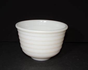 Vintage, White, Milk Glass, Ribbed, Mixing Bowl, Batter Bowl, White Kitchen, Vintage Bakeware, Serving Bowls, Planter Bowl, Fruit bowl, 6""