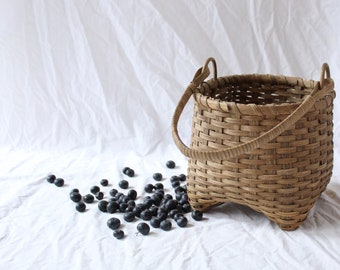 Classic Handwoven Maine Berry Gathering Basket