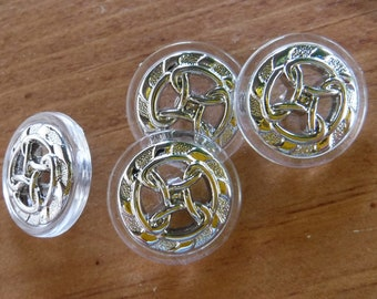 "6 Silver and Clear Wheel Rope Round Shank Buttons Size 13/16""."