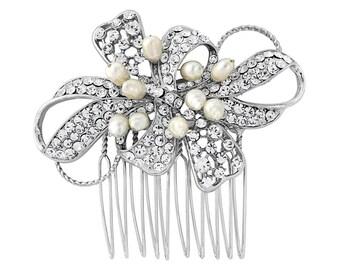 Bow Hair Comb, bridal hair comb, bridal hairpiece,  Bridal Crystal headpiece,  Pearl Bow head comb, freshwater pearl hair comb,