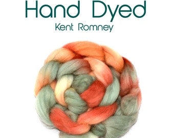 Hand dyed KENT ROMNEY - 100g /3.50z - mulberry - duck egg