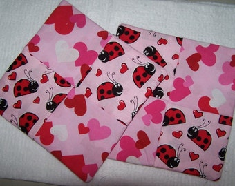 "Set of 2 Valentine pot holders, Approx 8"" square, Free Shipping!"
