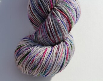 China Cabinet- SlipKnot sock yarn- 75/25 SW/Nylon - 450 yards Handpainted