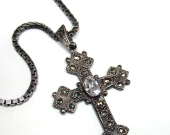 Heavy  Germany vintage sterling  marcasite cross pendant necklace 15.58 g