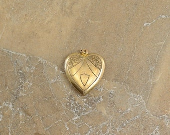 12k Gold Filled Etched Flower Monogrammable Heart Locket Pendant